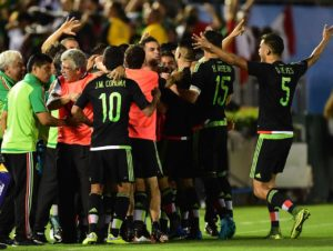 Mexico defeat United States and won the ticket to the 2017 Confederations Cup