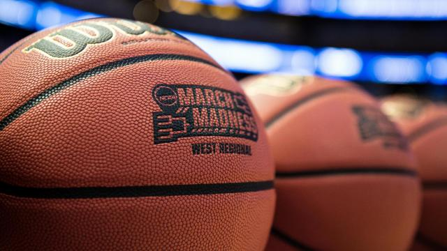 Previewing Sunday's action of the Elite Eight 3