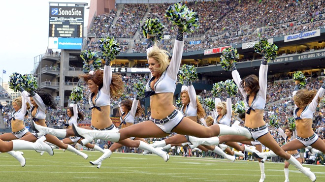 Seattle Seahawks big sportsbooks betting favorites against Los Angeles Rams
