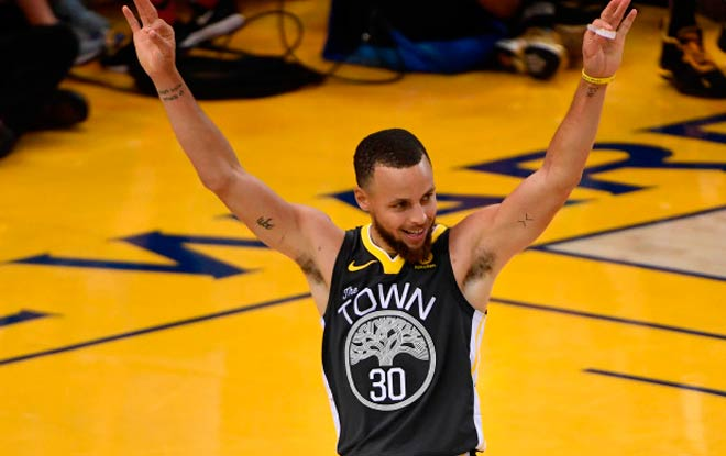 NBA Finals Game 3 Warriors vs. Cavaliers - Stephen Curry best 3 points