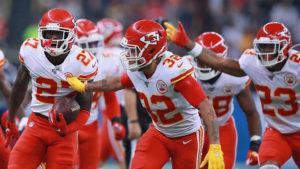 Football Betting Odds: Chiefs Visit Bucs With #1 Seed in Mind